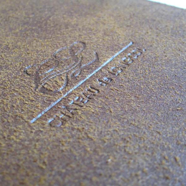 marquage-a-chaud-cuir-pour-menu